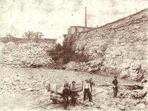Image of men working in a quarry - P2003.79.5