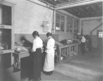 Image of Workers at Richmond Cleaning Company, Incorporated - P2003.95.16