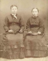 Image of Two Unidentified Women - P2004.31.4
