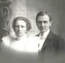 Image of Frederick W. Labudde and Clara Wegener Labudde - P2004.65.3