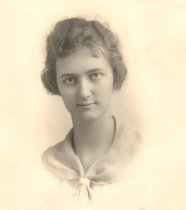 Image of Yvonne Faber, Class of 1919 - P2005.35.20
