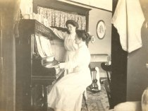 Image of Cora Revland and Ethel Coy at the Piano - P2005.72.26
