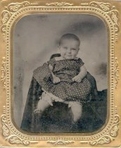Image of unidentified infant - P2008.32.6