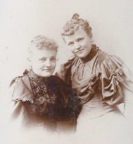 Image of Johanna Abraham Beduhn & Albertina Abraham Weber - P2009.26.9