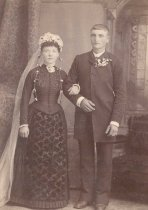Image of Bertha Beduhn and August W. Abraham Wedding - P2009.26.13