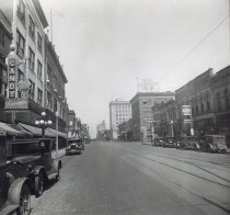 Image of Main Street Looking North