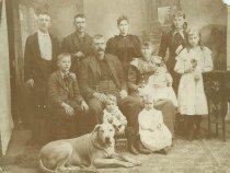 Image of Nelson R. Brickham Family - P2001.40.10