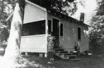 Image of Cottage on Lake Pickerel