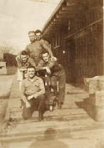 Image of Five Unidentified US Marines - P2014.48.9
