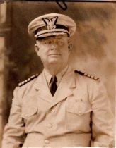 Image of 0000.00.0024 - Studio Portrait of William Demeritt