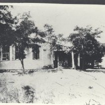 Image of 1945.23.12 - Photograph