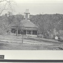 Image of 1974.57.135 - Photograph
