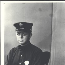 Image of 1977.31.359 - Photograph