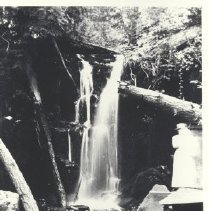 Image of 1977.31.471 - Photograph