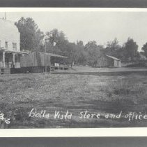 Image of 1981.46.15 - Photograph