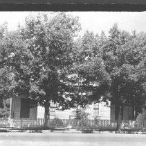 Image of 1989.4.25b - Photograph