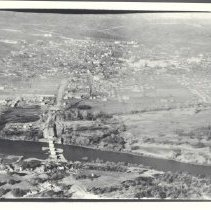 Image of 1995.003.0007 - Photograph