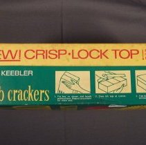 Image of Keebler club crackers box, front view