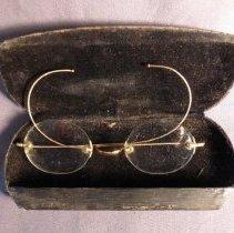 Image of 1982.001.0493 - Eyeglasses
