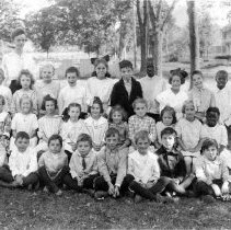 Image of Ellington Center School, 1920s