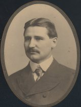 Image of Unknown 3 (OMU Faculty 1901)