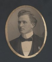 Image of Oscar Edward Bell (OMU 1898)