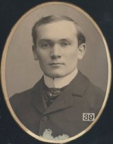 Image of R. A. Lee