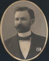 Image of R. L. McCullough (SMC 1898)