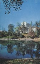 Image of Mirror Lake with Thompson Library