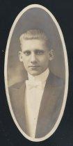 Image of Leonard Ellsworth Stutson (OSU 1915)