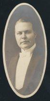 Image of James Halford Warren (OSU 1915)