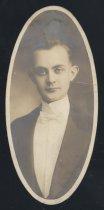 Image of Guthrie Olaf Burrell (OSU 1916)