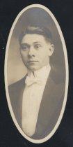 Image of Lewis Richard Carr (OSU 1916)
