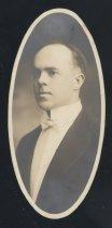 Image of Charles Frederick Finsterwald (OSU 1916)