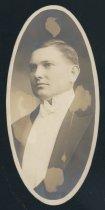 Image of Merton Ray Kittredge (OSU 1916)