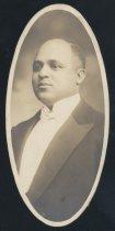 Image of Charles Robert Lewis (OSU 1916)
