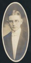 Image of Earl Fray Peinhart (OSU 1916)