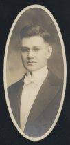 Image of Carroll Hallam Skeen (OSU 1916)