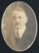 Image of John Earl Briggs (OSU 1918)