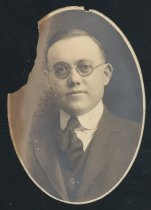 Image of Roger Q. Davis (OSU 1918)