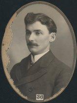 Image of J. B. McKenzie (SMC 1900)