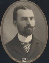 Image of E. A. Whitmer (SMC 1900)