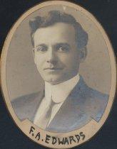 Image of Frank Arnold Edwards (SOMC 1910)