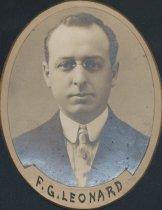 Image of Francis George Leonard (SOMC 1910)