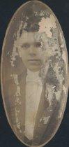 Image of L. A. Saliva (SOMC 1913)