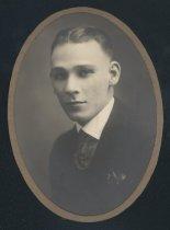 Image of R. L. Guffey (OSU 1920)
