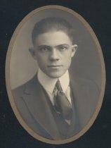 Image of R. G. Lewis (OSU 1920)