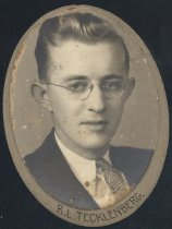 Image of Roger Louis Tecklenberg (OSU 1933)