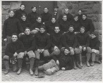 Image of Ohio Medical University Football Team 1900