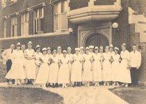 Image of University Homeopathic Hospital Staff, 1919